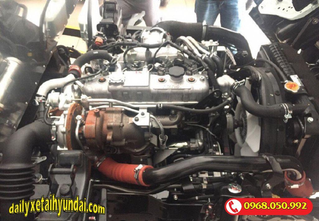 Động cơ Isuzu Qkr77fe4