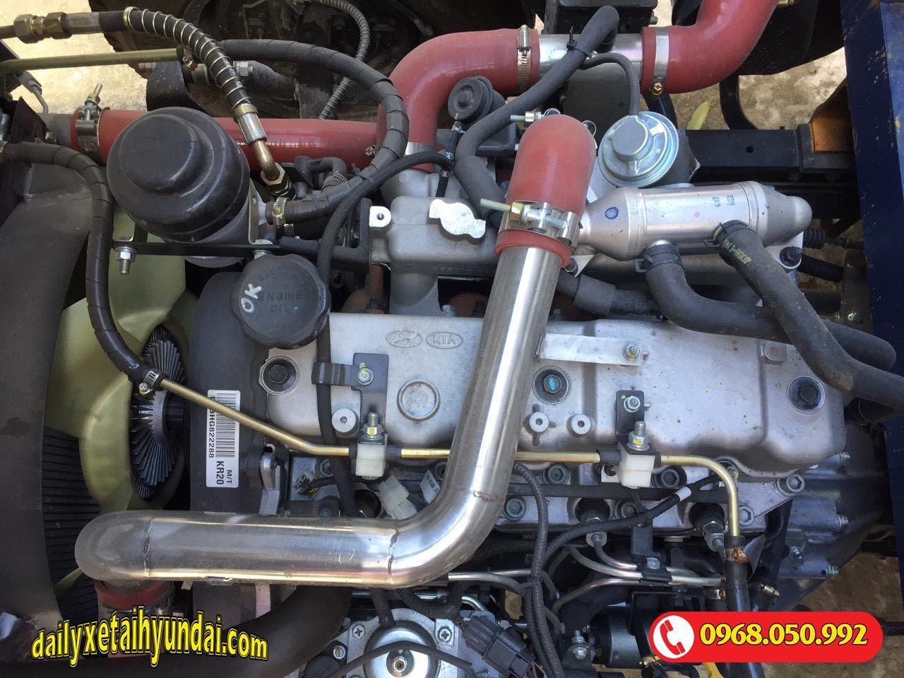 Động cơ xe tải tera 250
