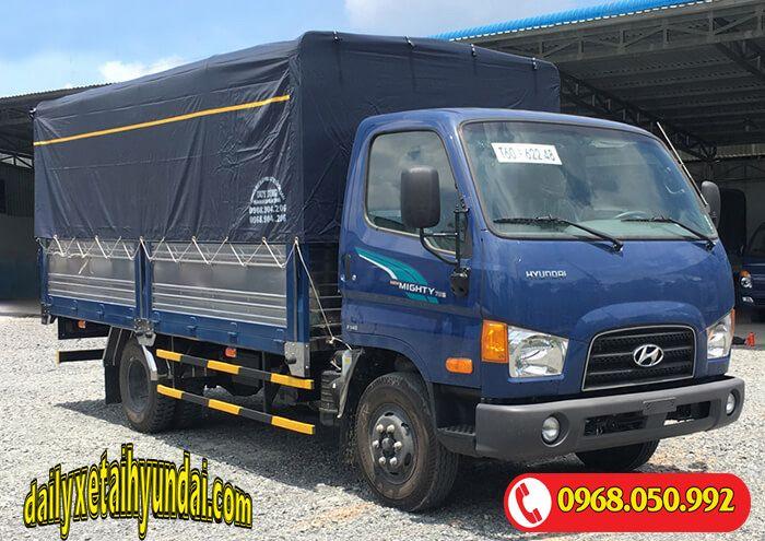 Hyundai 75s mui bạt