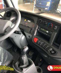 Nội thất Hyundai Mighty 2017