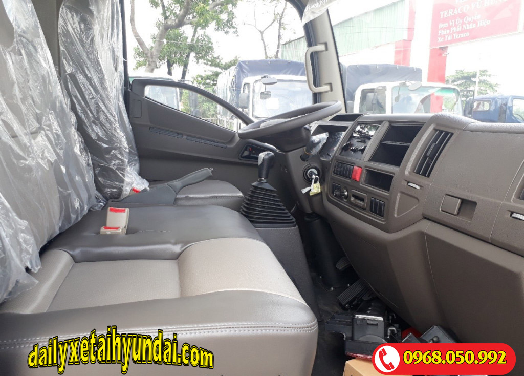 Nội thất xe Tera 240l