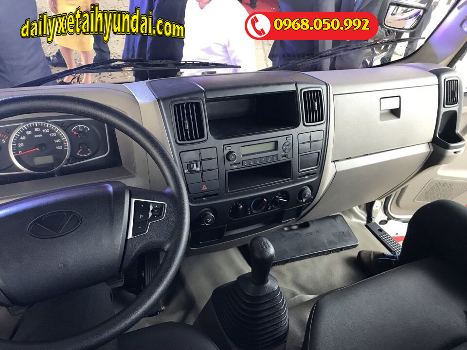 nội thất xe tải iz65