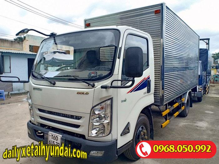 Xe tải Iz65 Gold thùng kín