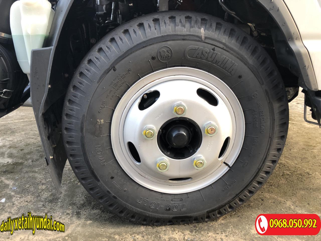 Lốp trước xe tải JAC 3t5