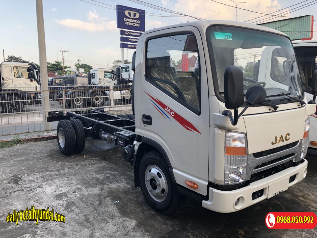Xe tải JAC 3t5